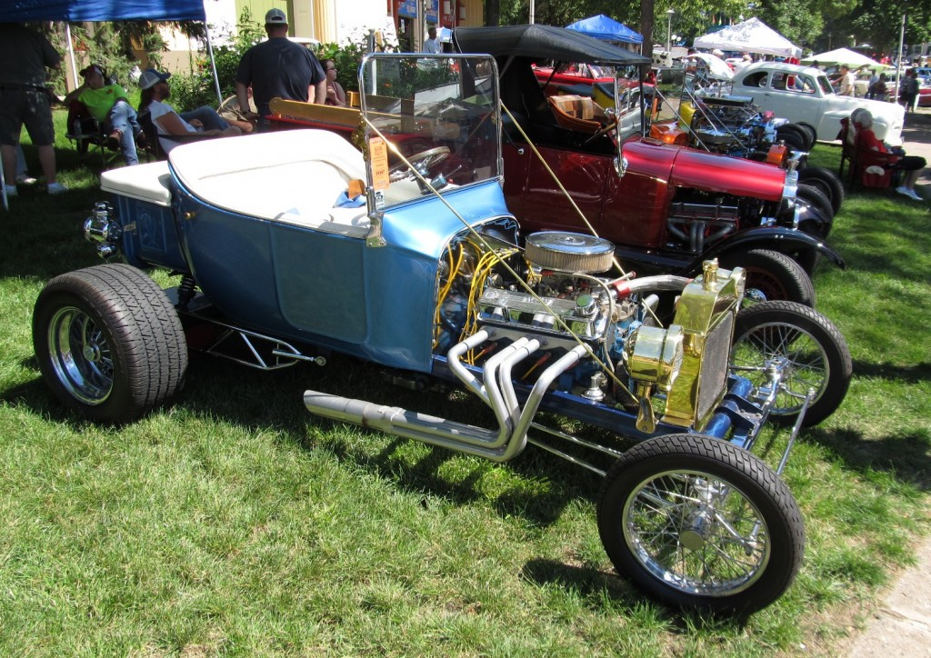 Hot Road Ford T bucket 1923 - blue- 1