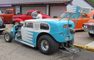 Ford 32 sky blue and white back