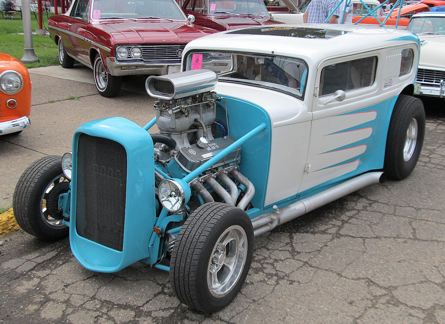 Hot Rod Ford 32 White and Blue – Speed Boutique